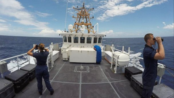 PHOTO: Coast guards search for Isabella Hellman west of Cay Sal, Bahamas, May 17, 2017.