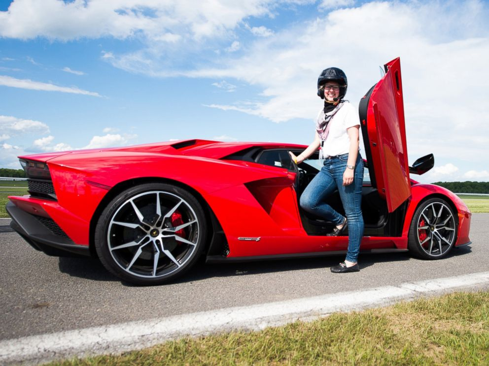 Lamborghini S New Aventador S Sets Drivers Back 421k But Cupholders Still Extra Abc News