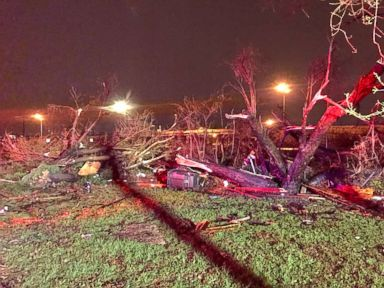 Severe storm leaves nearly 40,000 without power in San Antonio