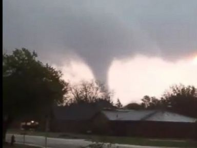 3 storm chasers die in Texas car crash, authorities say