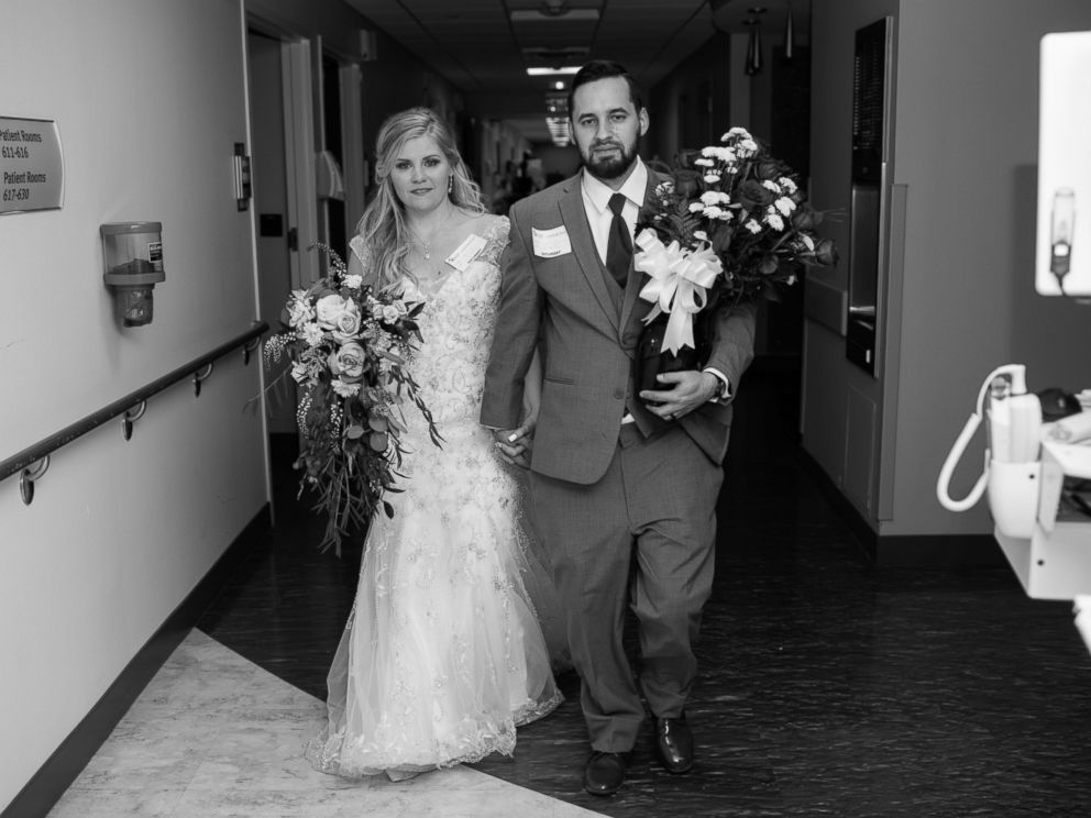 PHOTO: Jessica and Tyler Brown visited Jessica Browns grandmother in a Jacksonville, Florida, hospital after their March, 25, 2017, wedding.