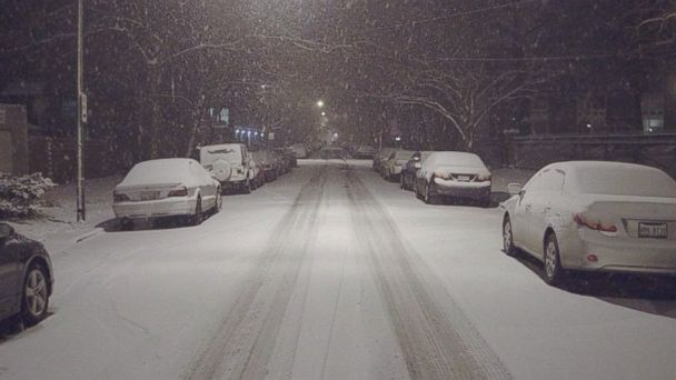 http://a.abcnews.com/images/US/HT_Chicago_snow_bc_150201_16x9_608.jpg