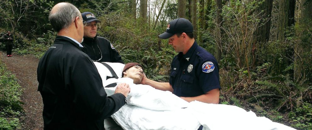 PHOTO: Edward Reis, a patient with EvergreenHealth Hospice, had been a forest ranger. The hospice arranged with the local fire department to take Reis out into the woods one last time before he died.