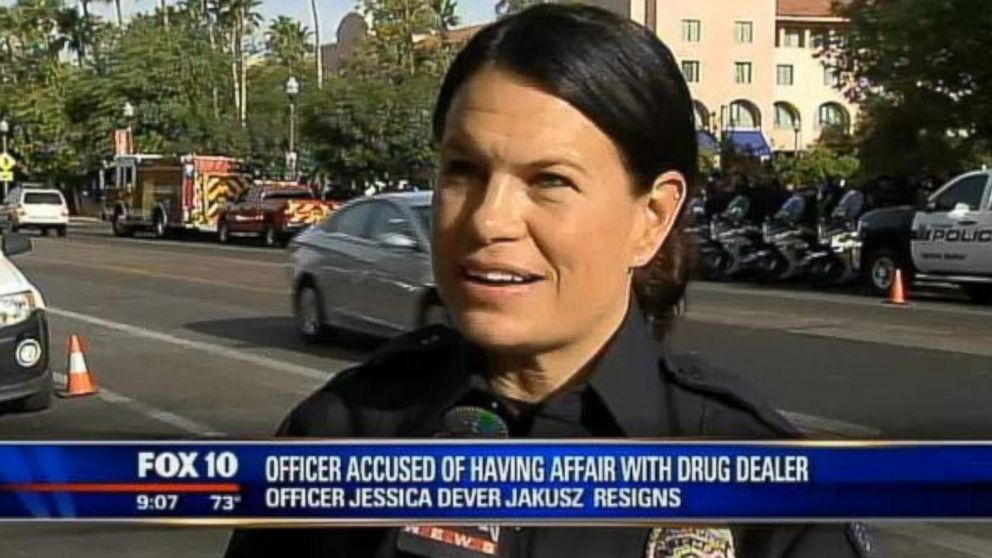 PHOTO: Tempe Police officer Jessica Dever Jakusz is accused of having a sexual affair with a drug dealer she was investigating.