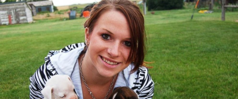 PHOTO: Kelsie Schelling, who was eight weeks pregnant at the time, was last seen in Feburary 2013.
