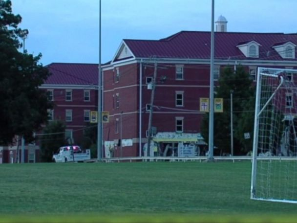 At least 1 injured in Murray State University dorm explosion