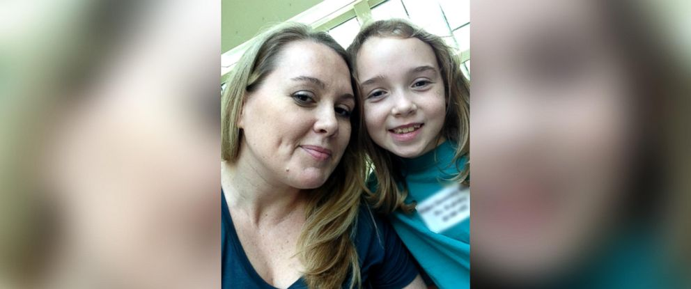 PHOTO: Nicole Nichols is pictured with her 8-year-old daughter, Bella, who has Type 1 Diabetes.