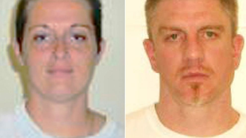 PHOTO: Niccole Wetherell and Paul Gillpatrick have been engaged for 2 years, but have not seen each other in person since 1999.