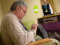 PHOTO: Albert Lexie shines a pair of shoes at Childrens Hospital of Pittsburgh of UPMC