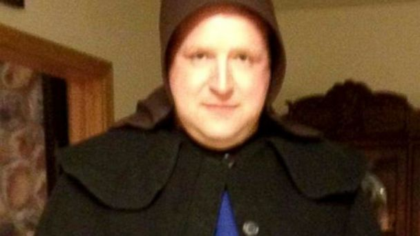 HT amish chad adam jef 140415 16x9 608 Male Cop Transforms Into Amish Woman in Sting to Catch Sexual Predator