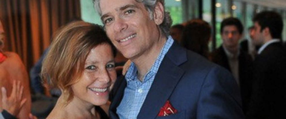 Amy Krouse Rosenthal  author who penned dating profile for husband     PHOTO  Amy Krouse Rosenthal with her husband  Jason Rosenthal  Rosenthal wrote an essay