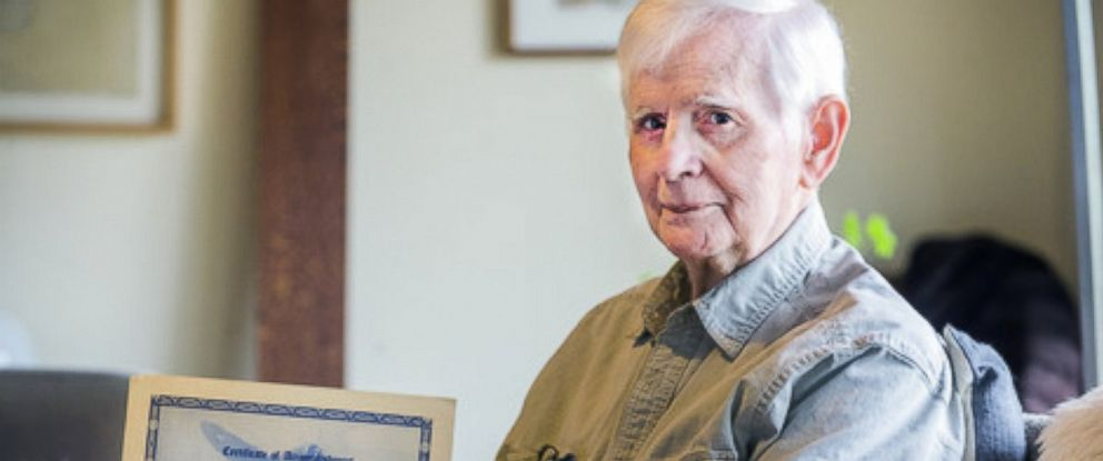 PHOTO: 94-year-old Anthony Brutto is set to graduate West Virginia University next week