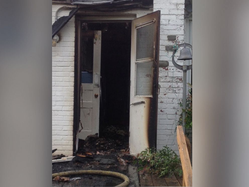 PHOTO: When a fire broke out at 90-year-old Arthur Schneiders Asheboro, North Carolina, home, he helped rescue his wife, Rosemary, who is in a wheelchair.