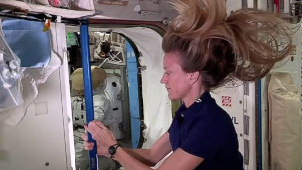 HT astronaut spinning nt 131024 16x9 608 Instant Index: NASA Astronaut Demonstrates Spinning in Space