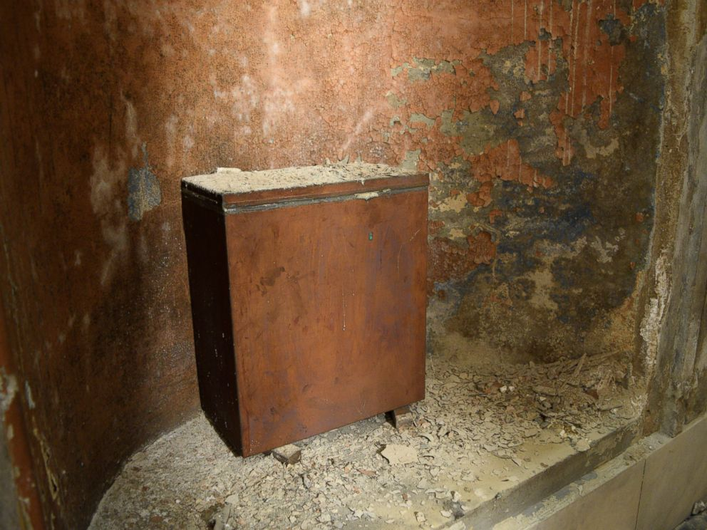 PHOTO: The 1915 time capsule is seen inside the Washington Monument in Baltimore.