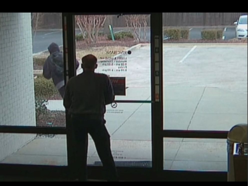 PHOTO: A manager at the PNC Bank in Zebulon held the banks door shut when a man with a gun tried to enter on Jan. 28, 2016, according to police.