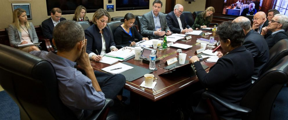 PHOTO: President Barack Obama holds a meeting in the Situation Room to discuss the the San Bernardino, Calif., shootings, Dec. 5, 2015.