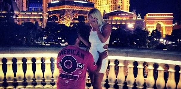 HT brooke hogan engagement jef 130701 33x16 608 Brooke Hogan Is Engaged to NFL Player Phil Costa