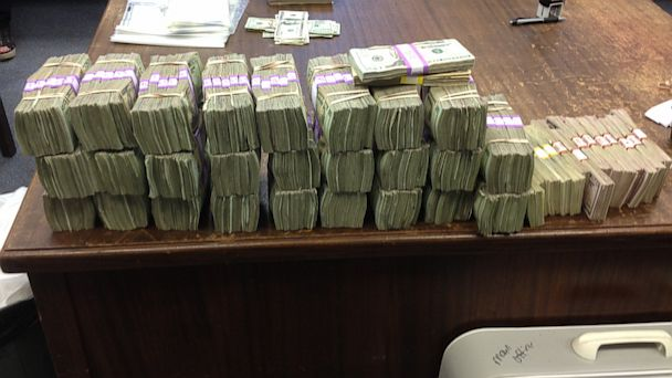HT cash found car ml 130712 16x9 608 Miss. Police Find $360K in Secret Car Compartment