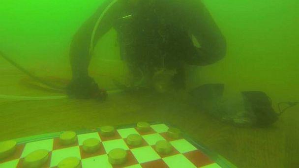 HT checkers record jerry hall scuba lpl 130802 16x9 608 Scuba Diver Underwater 5 Days, Breaks World Record
