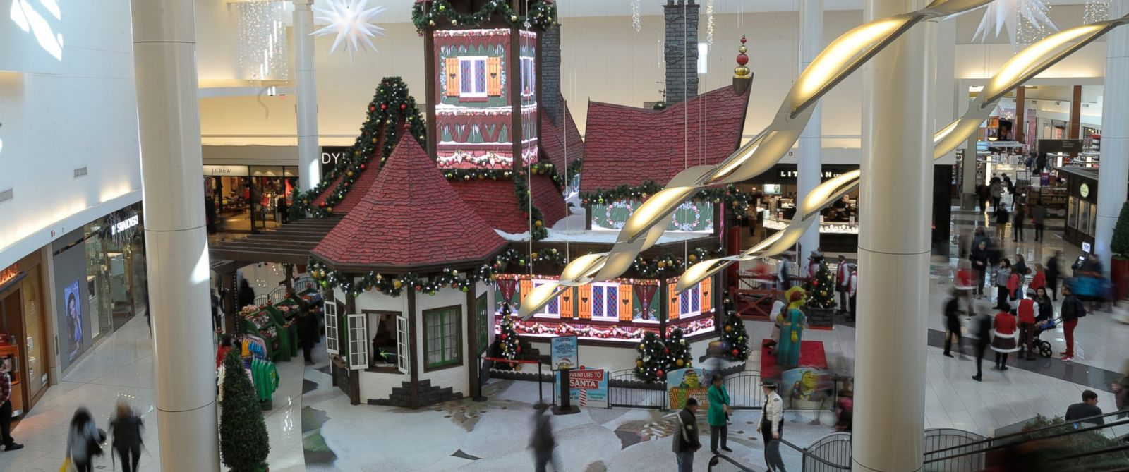 Labelscar: The Retail History BlogGrand Avenue Mall Santa pictures natick mall
