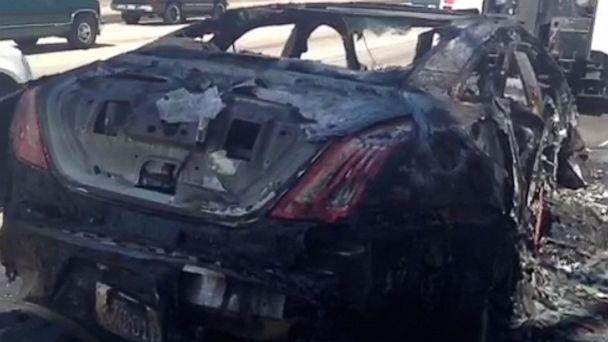 HT dick van dyke crash nt 130819 16x9 608 Dick Van Dyke Fine After Car Explodes