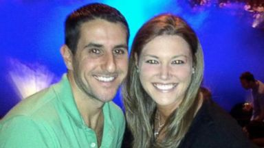 PHOTO: Dustin Friedland, pictured with his wife Jamie Schare Friedland, was shot dead by carjackers at a New Jersey mall.