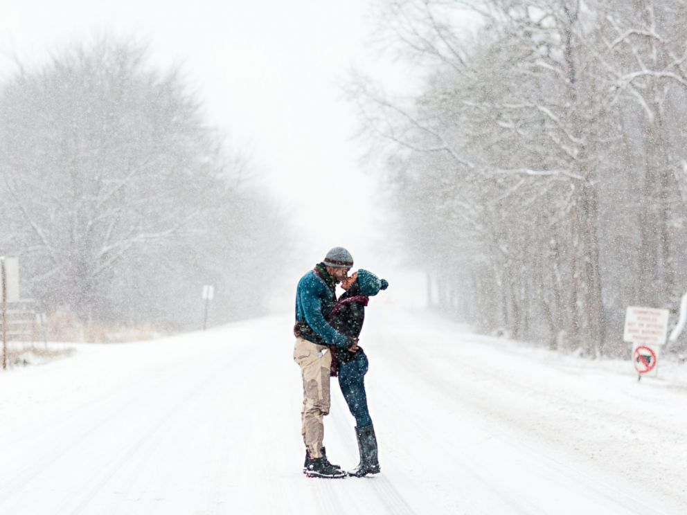 PHOTO: Felicia Sam and David Nartey braved the snow in Fort Meade, Md. for wintery engagement photos.
