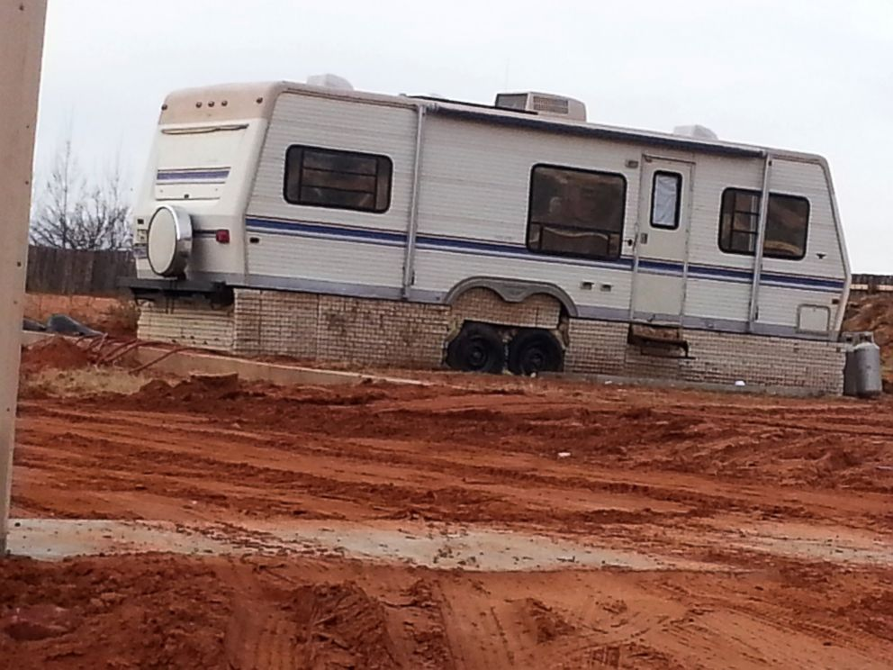 PHOTO: Former FLDS member Ron Rohbock believes his daughter Sherilyn was held in this trailer.