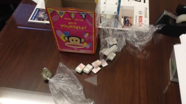 HT happy meal drugs 2 jt 140130 16x9 608 Pittsburgh McDonalds Employee Allegedly Serves Happy Meal With a Side of Dope