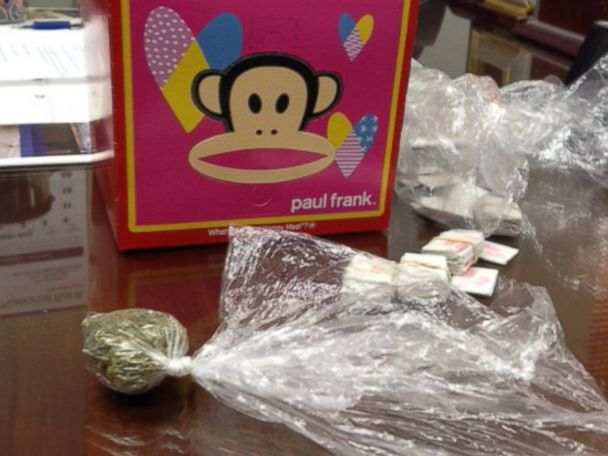 HT happy meal drugs 3 jt 140130 4x3 608 Pittsburgh McDonalds Employee Allegedly Serves Happy Meal With a Side of Dope