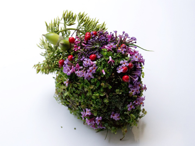 HT heart ml 131030 wblog Wild Plant Arrangements Turn Human