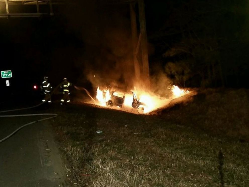 PHOTO: Henrico County Division of Fire in Virginia said a citizen ran to a car and pulled the driver out just before the car burst into flames, Feb. 13, 2016.