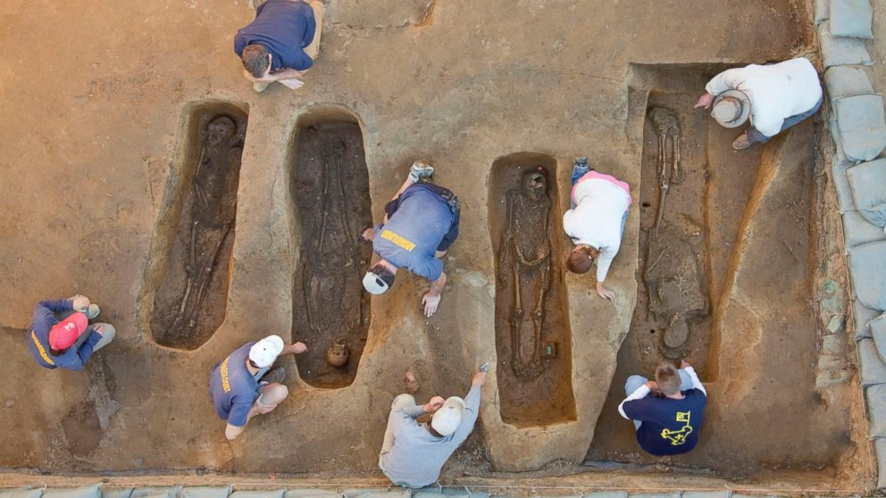 the mystery of jamestown Forensic scientists say they have found the first real proof that english settlers in 17th century jamestown welcome to wired uk the mystery of the lost.