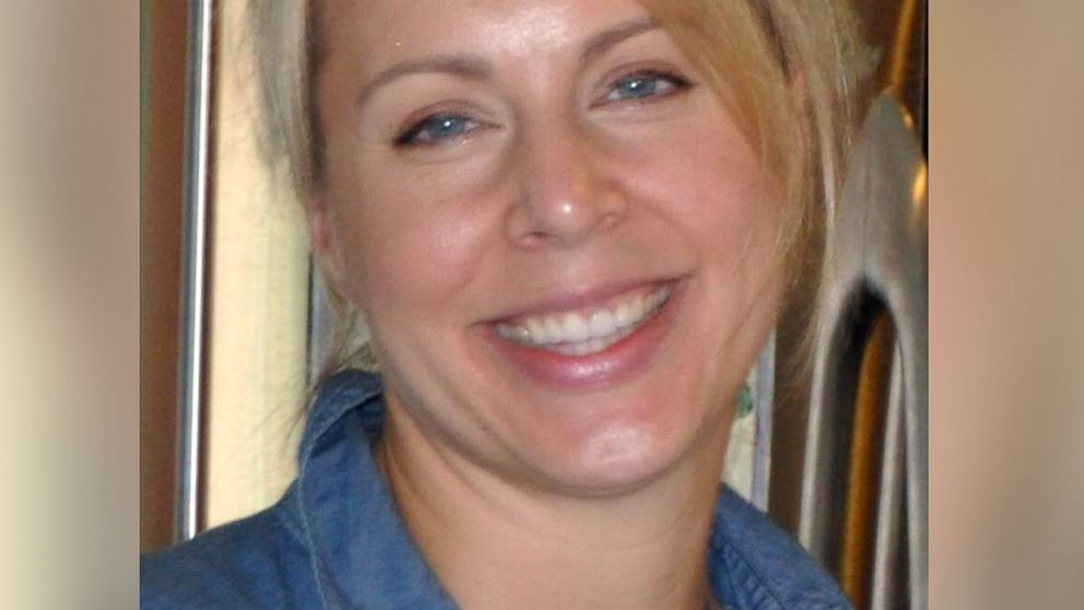 """PHOTO: Jennifer Huston is seen in this image from the """"Find Jennifer Huston"""" Facebook page her family set up."""