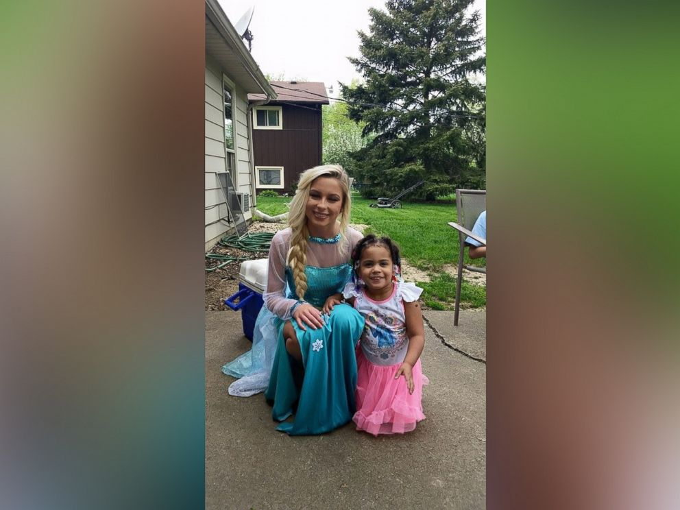PHOTO: Tara Neal put a Frozen-themed bed on layaway for her daughter who loves the Disney movie and found out it was paid off by a secret Santa in Lorain, Ohio on Tuesday.