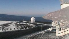 PHOTO: The web cameras at the Mauna Kea Weather Center in Hawaii have recorded a snow fall in the early morning, Dec. 25, 2014.