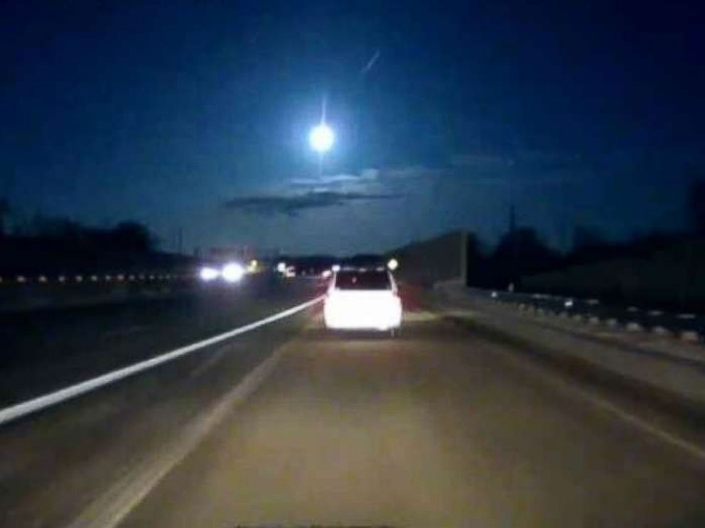 Earthquake-causing meteor leaves southeast Michigan residents awestruck (abcnews.go.com)