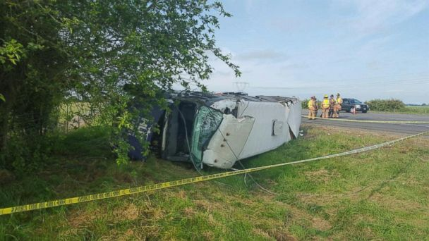 http://a.abcnews.com/images/US/HT_oregon_bus_rollover_crash_jt_150530_16x9_608.jpg