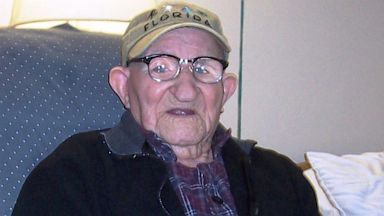 PHOTO: Oldest Living Man