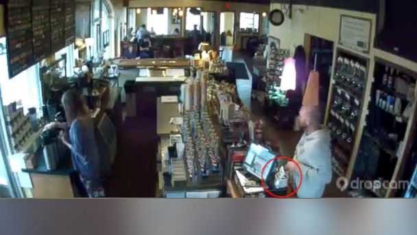 HT stealing money tip jar sk 131206 16x9 608 Coffee Shop Holds Food Drive for Alleged Tip Jar Thief in Ohio