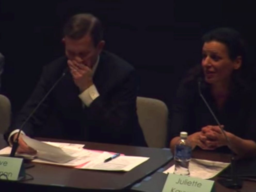 PHOTO: Grossman said the pain got as intense as an eight out of ten during the debate.
