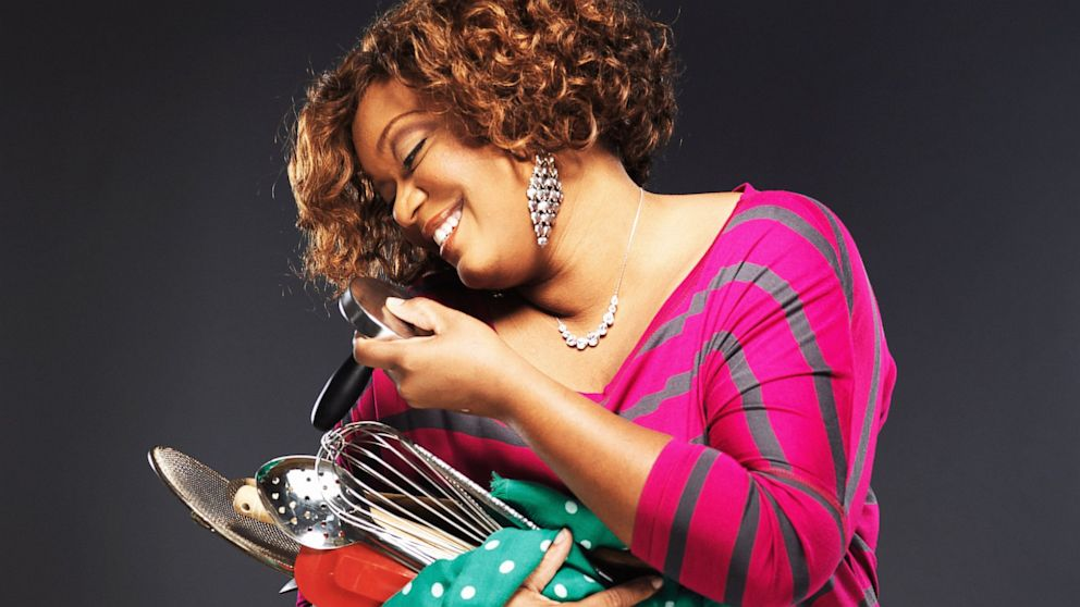 Sunny Anderson sunny anderson, from air force to food network star - abc news