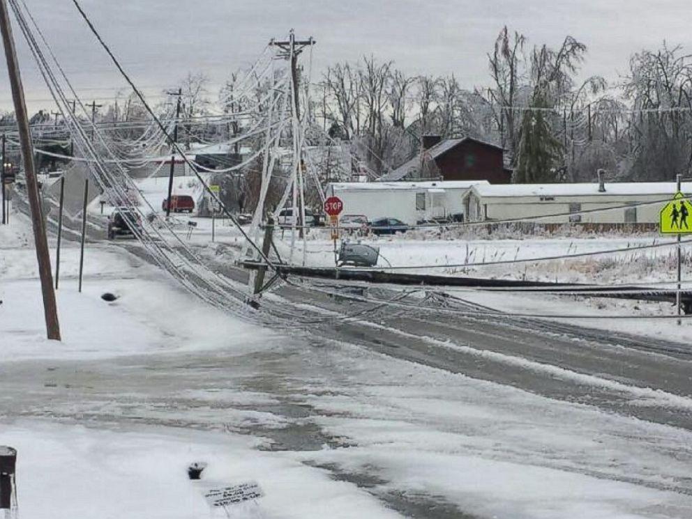 HT_tennessee_ice_storm_3_jt_150221_4x3_992.jpg