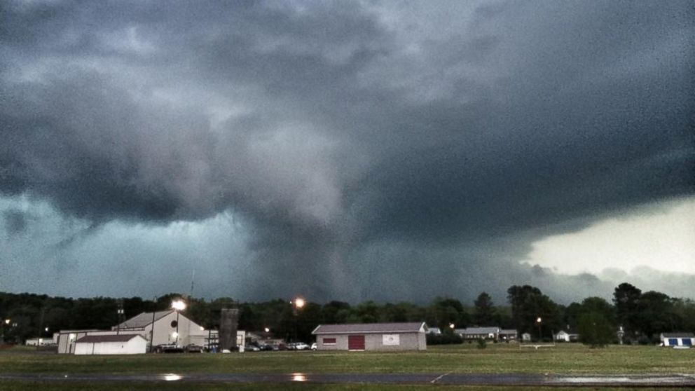 PHOTO: A scene from the tornado in Decatur Ala., April 28, 2014.