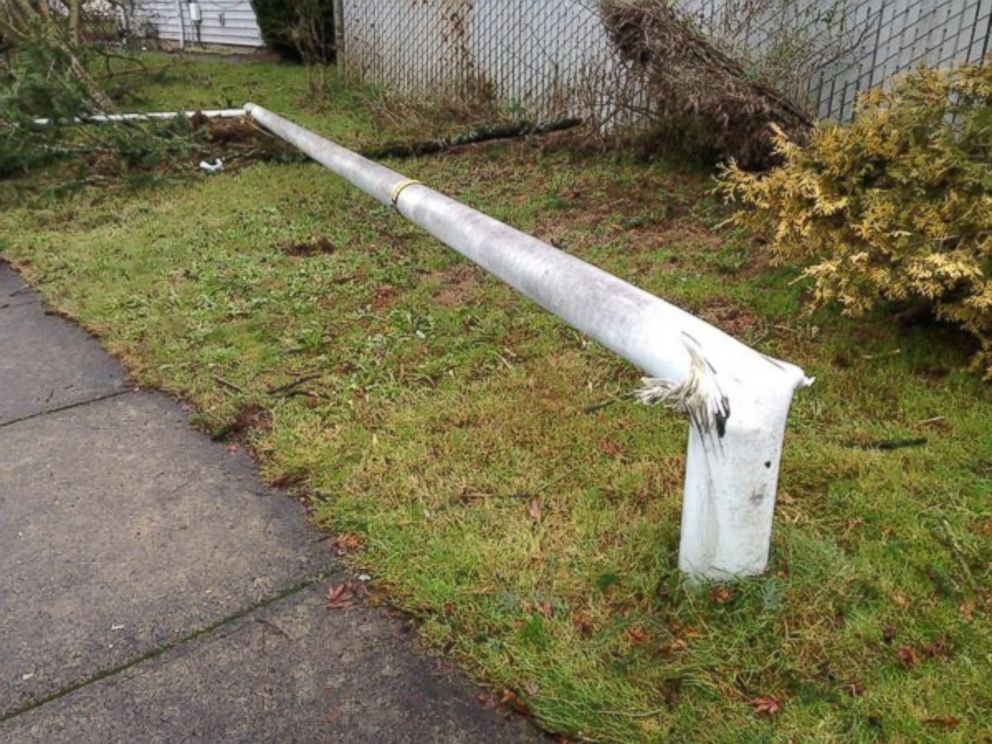 PHOTO:Mike Warner posted this photo to Twitter with the caption, This light pole bent as possible tornado tore through Battle Ground neighborhood, Dec. 10, 2015, in Battle Ground, Wash.