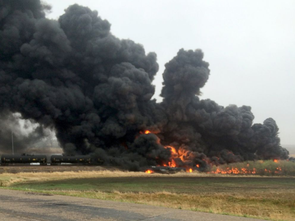 PHOTO: A 109-car Burlington Northern Santa Fe oil tanker train derailed and caught fire near a small town in North Dakota, May 6, 2015.