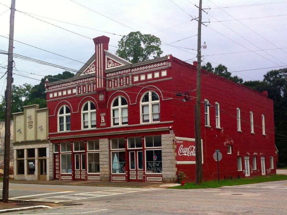 39 Walking Dead 39 Town Buildings On Sale On Ebay For 680 000