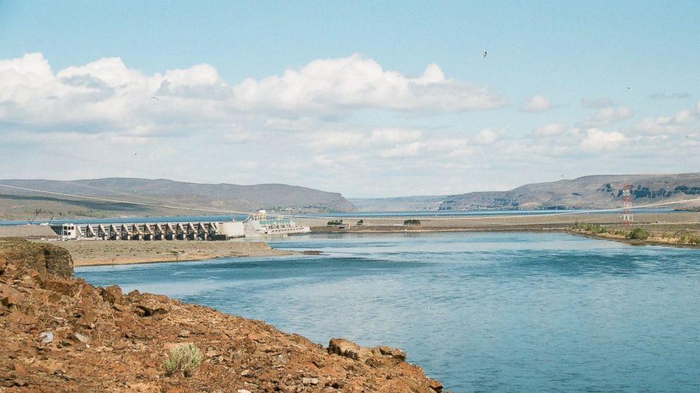 Dams in Washington Washington Dam Has 65-foot