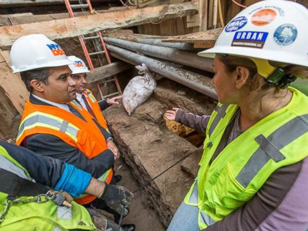 PHOTO:DDC Commissioner Pena-Mora, Assistant Commissioner Shah Jaromi (Manhattan-Infrastructure) and onsite Archaeologist Alyssa Loorya at the construction site.